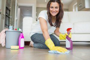Señora para limpieza piso El Tubo